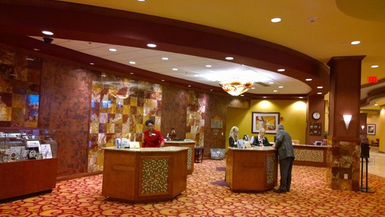 Embassy Suites by Hilton Dallas Frisco Hotel Convention Center & Spa: Check-in