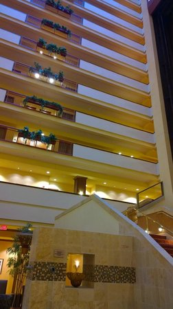 Embassy Suites by Hilton Dallas Frisco Hotel Convention Center & Spa: Hotel