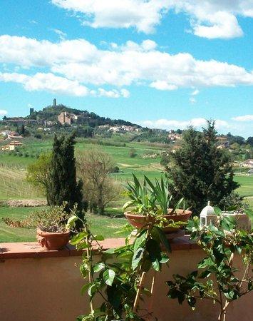 B&B La Piccionaia: Panorama dalla terrazza