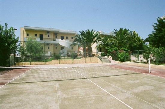 Nireas Hotel: tennis