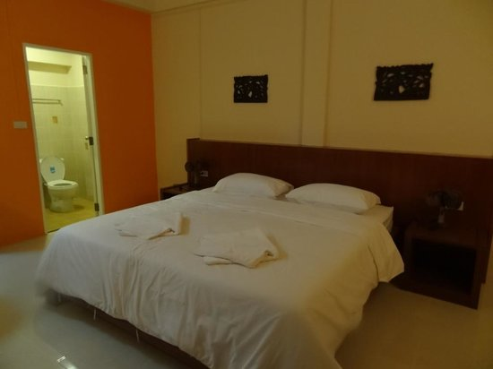 Thai Life Guesthouse
