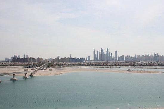 Atlantis, The Palm : вид на город с окна