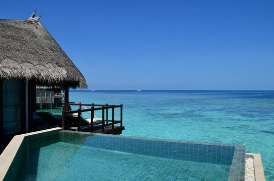 Jumeirah Vittaveli: Another view from the decking