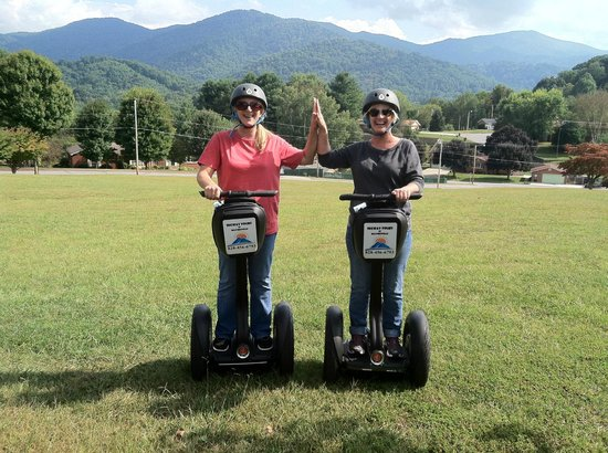 Segway Tours of Waynesville: If these two can do it, anyone can!