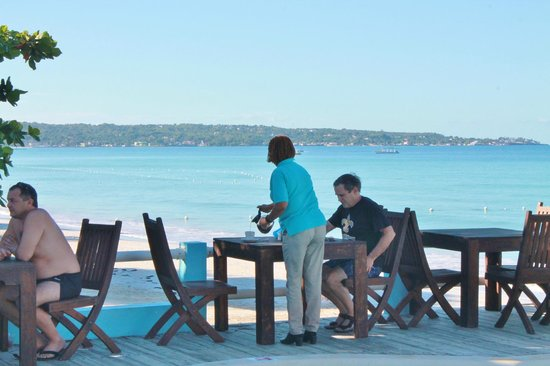 Negril Palms Hotel: Where you will drink your coffe every morning