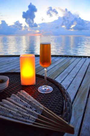 Jumeirah Vittaveli: Kirr Royal at sunset