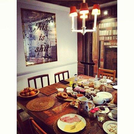 Rough Luxe Hotel: Desayuno