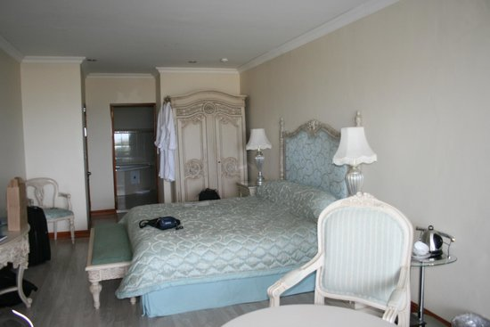 Misty Waves Boutique Hotel Hermanus: Our lovely room