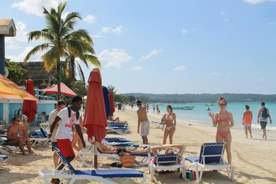 Negril Palms Hotel: Our Beach spot