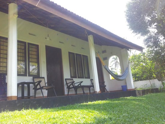 4 Seasons Guest House : double rooms ideal for backpackers