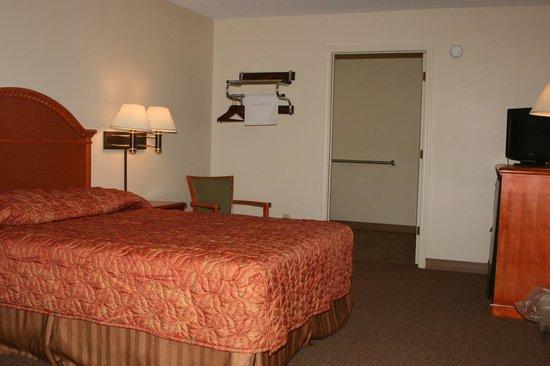 View of Handicap Room at Motel Max