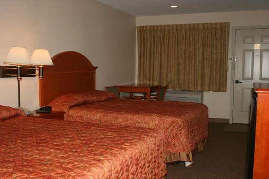 Room Comes with Table & Two Chairs at Motel Max