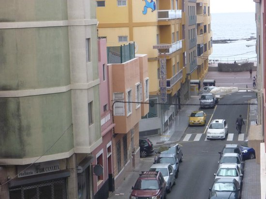 Hotel Apartamento Bajamar: view from balcony