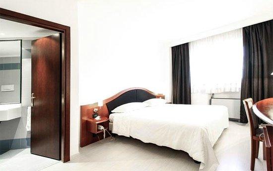 호텔 도니제티
