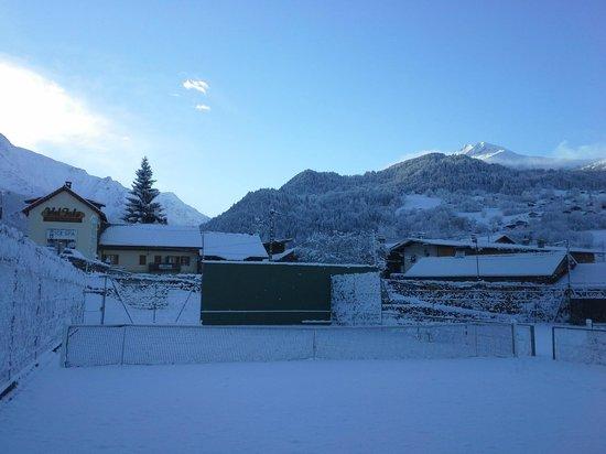 Domaine du Val Joly : Tennis hiver