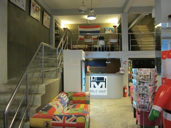 Mile Map Hostel: Walking in the front door