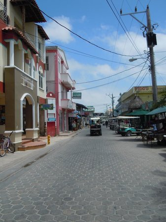 The street in front of the Holiday Hotel