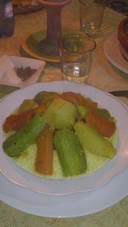 Chez Nada: Couscous. Au bœuf