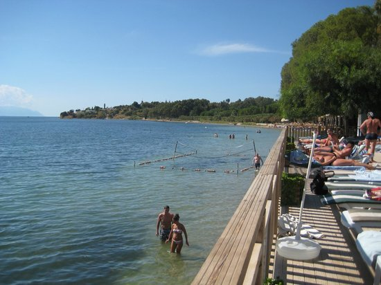 Omer Holiday Resort : beach area