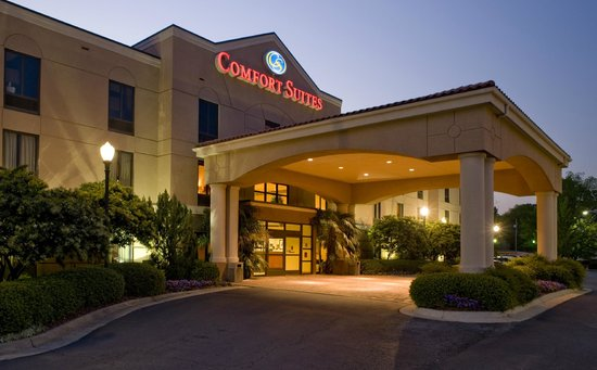 Welcome to the newly renovated Comfort Suites Starkville!