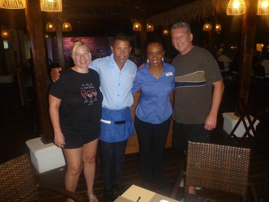 Holiday Inn Resort Aruba - Beach Resort & Casino : Most amazing staff Eddie and Cecile at the Sea Breeze !