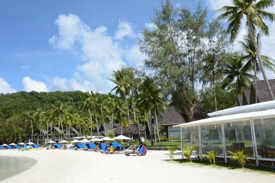 Palau Pacific Resort: hotel grounds are well maintained