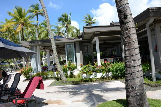 Palau Pacific Resort: hotel grounds