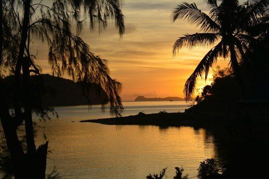 Palau Pacific Resort: dawn at PPR