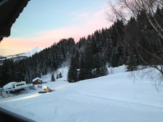 Le Chalet Chanterelle : Views from the chalet