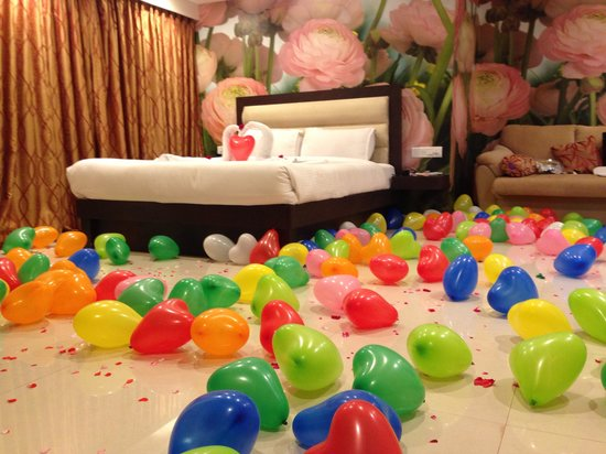 United-21 Resort Mahabaleshwar: Special decor for honeymoon