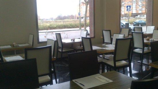 Holiday Inn Madrid - Las Tablas : zona desayunos