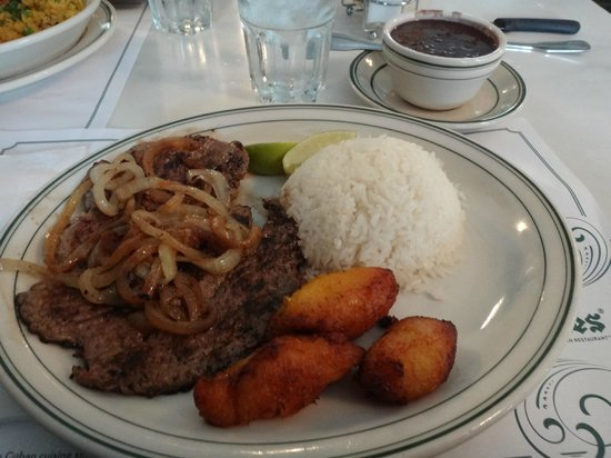 Versailles Restaurant : Palomilla frita