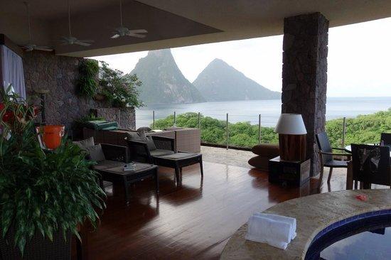 Jade Mountain Resort: room