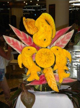 Sirenis Punta Cana Resort Casino & Aquagames: Detalle con la fruta