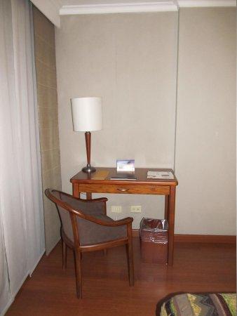 Hotel Estelar De la Feria: Ejecutive Desk