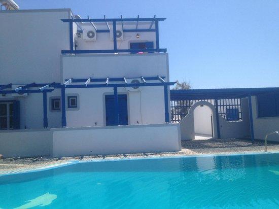 Youth Hostel Anna : Villa ou se trouve les chambre privative