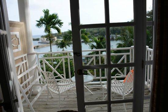 Yap Pacific Dive Resort: our veranda