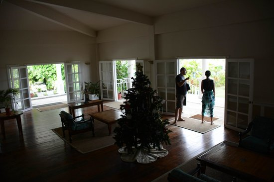 Yap Pacific Dive Resort : hotel lobby