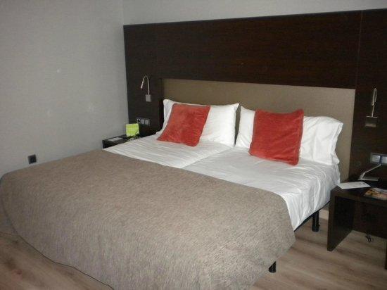 abba Granada Hotel: Habitacion