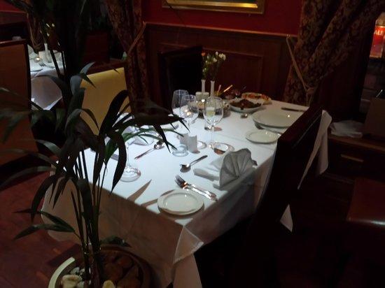 Shapla Tandoori - Aberdeen: Before sitting down to eat