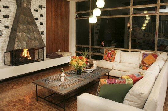 BoutiQuito Design Hostel : Our living room, perfect to enjoy the best views of Quito