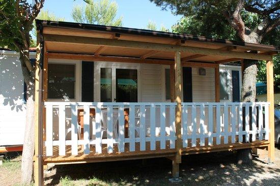 Villaggio Turistico Camping Del Paradiso: esterno mobilhome