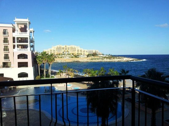 The Westin Dragonara Resort, Malta: View from balcony