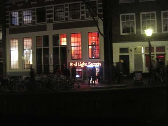 Everyday Walking Tours: Red light district