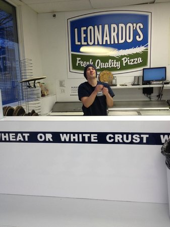 Leonardo's Pizza