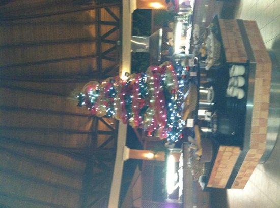 VIK hotel Cayena Beach: Christmas Tree in the main buffet