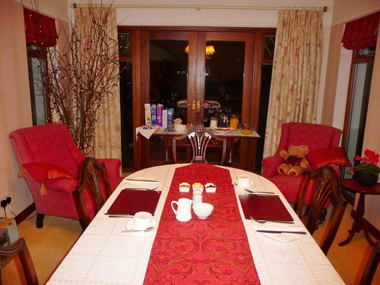 Cottesmore Bed and Breakfast : breakfast room