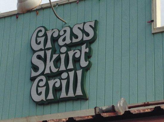 Grass Skirt Grill: Street sign