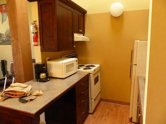 Swans Hotel & Brewpub : kitchen