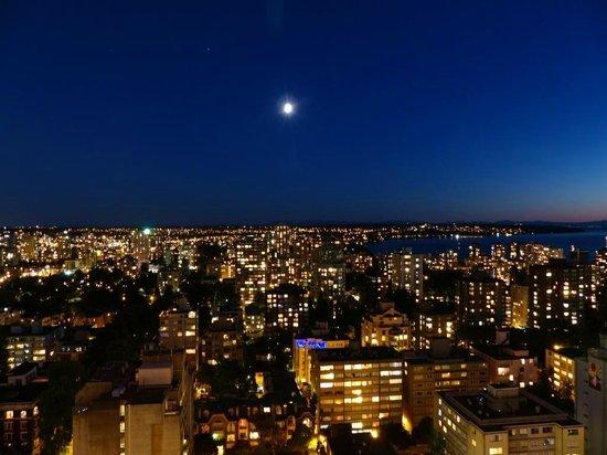 Blue Horizon Hotel : View of city